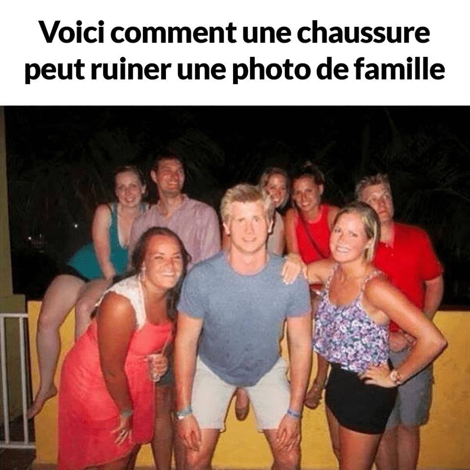Voici comment une chaussure peut ruiner une photo de famille