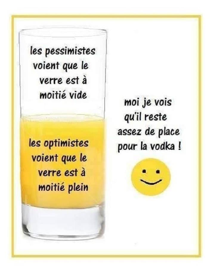 Les pessimistes voient que le verre est à moitié vide
